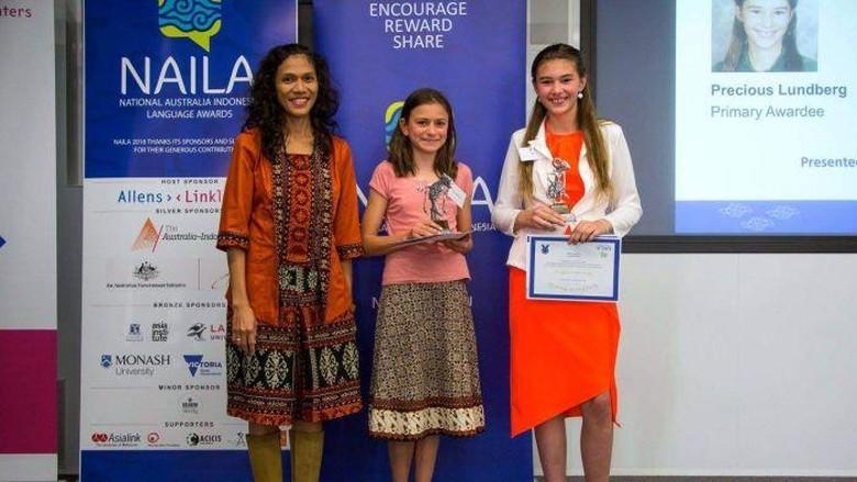 Remaja Adelaide Raih Penghargaan Bahasa Indonesia