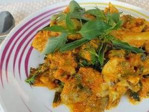 Resep Ayam Woku Kemangi yang Pedas Sedap