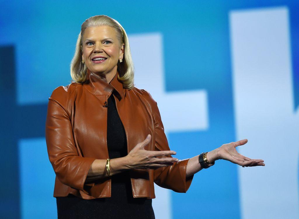 15. Ginni Rometty, CEO IBM ini berhasil menerapkan kecerdasan buatan mereka, Watson, di berbagai industri, seperti kesehatan, ritel, hingga keuangan. (Foto: GettyImages/Ethan Miller)