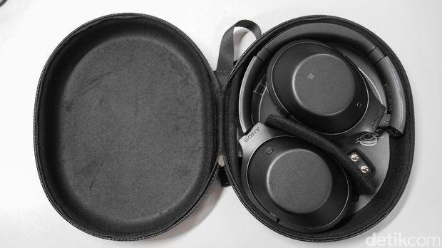 Sony MDR-1000X, Headphone Nirkabel yang Bikin Sunyi