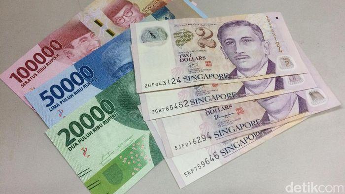 Dolar Singapura. Foto: Angga Aliya ZRF