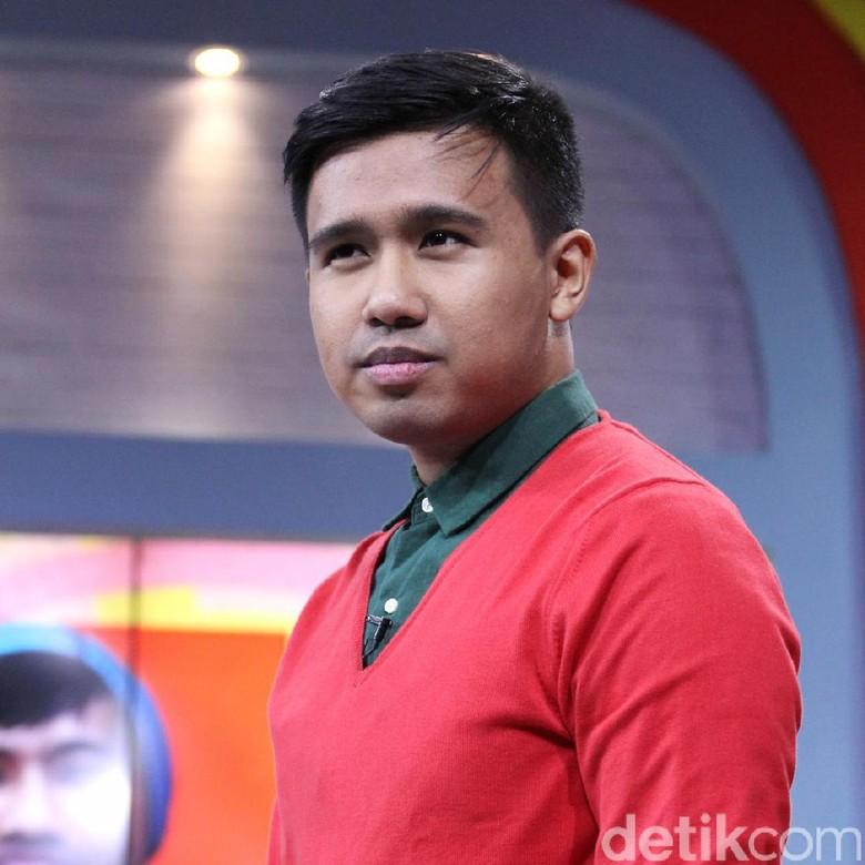 Clairine Clay Balik ke Jakarta, Joshua Suherman Digoda Netizen Foto: Ismail/detikHOT