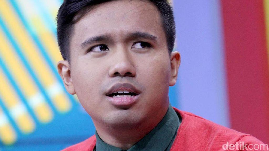 Foto dengan Iqbaal Ramadhan, Joshua Suherman Malah Tag Kiki eks CJR