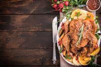 Jelang Thanksgiving, Bruno Mars Bagikan Makanan  pada  24.000 Orang di Hawaii