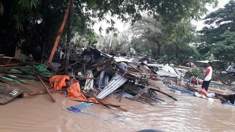 Bima Kembali Dilanda Banjir, Warga Mengungsi ke Masjid
