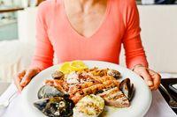 Makan Malam Lebih Awal Bisa Bantu Turunkan Berat Badan