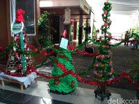 Lomba Pohon Daur Ulang Meriahkan Natal di Gereja Santo Bartolomeus Bekasi