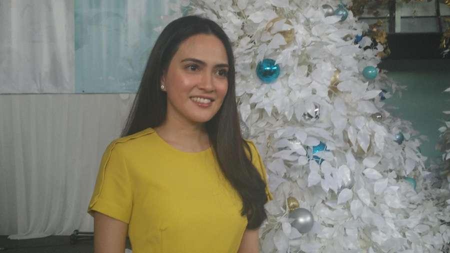Rayakan Natal, Shandy Aulia Tampil Mesra Bersama Suami