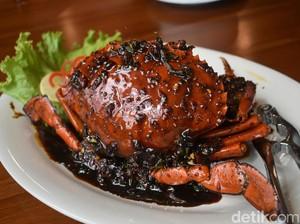 Huah! Pedas Gurih Kepiting lada Hitam di 5 Tempat Ini Pas Untuk Santap Malam