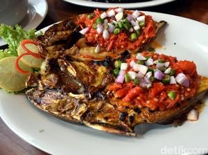 Selamat Hari Ikan Nasional! Ikan Bakar Makassar Enak Ada di 5 Tempat Ini