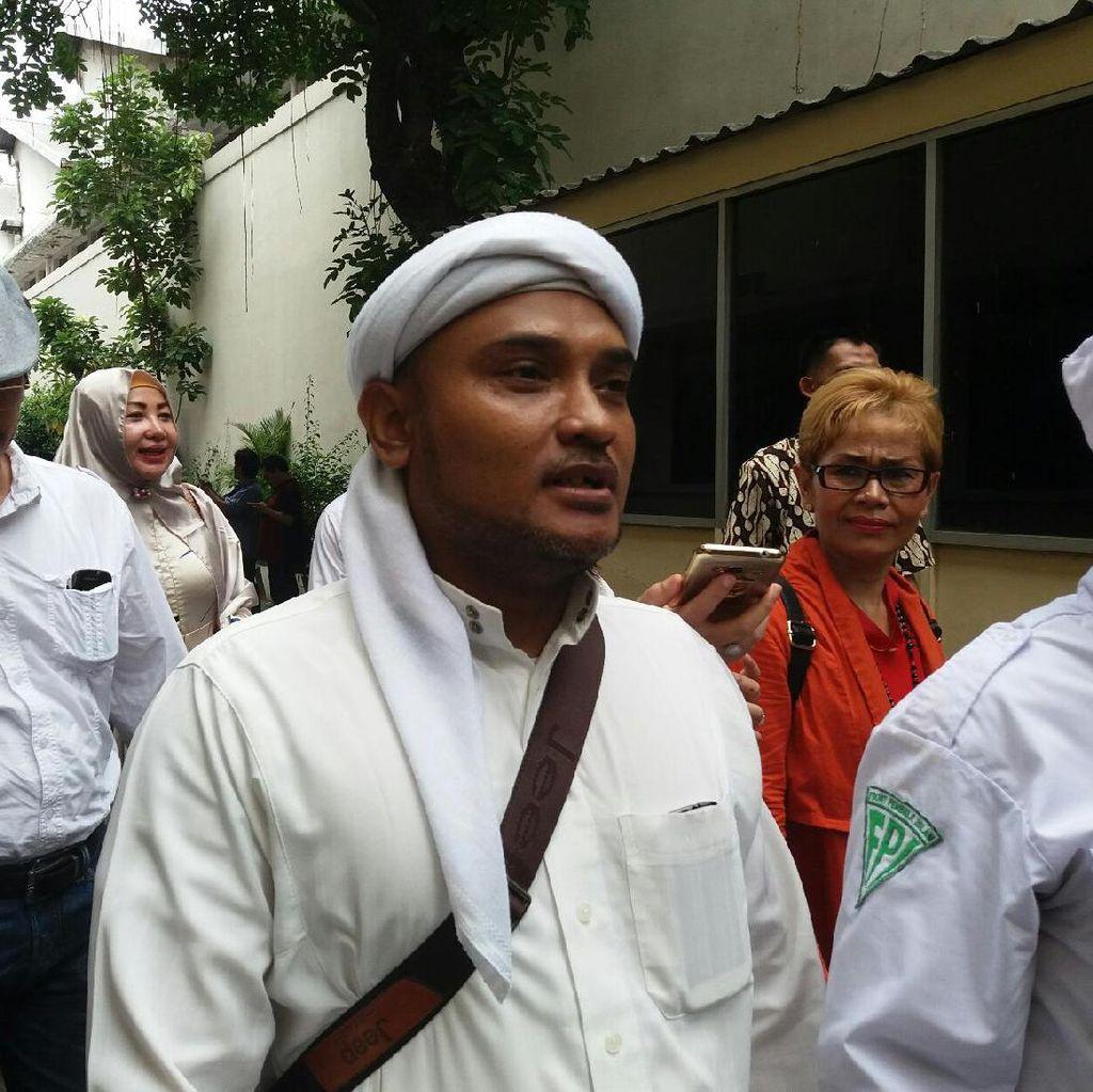 PA 212 Berencana Kibarkan Sejuta Bendera Tauhid di Reuni Akbar