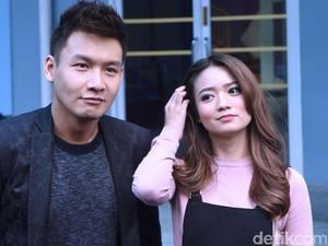 Lamaran Antar Keluarga Sudah, Fendy Chow Kapan Menikah?