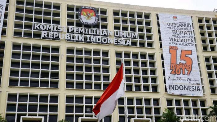 Gedung Komisi Pemilihan Umum (KPU) terletak di Jalan Diponegoro, Jakarta Pusat. Hasan Alhabshy.