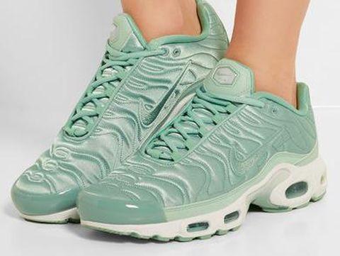 Intip 5 Sneakers yang Diprediksi Akan Tren di 2017