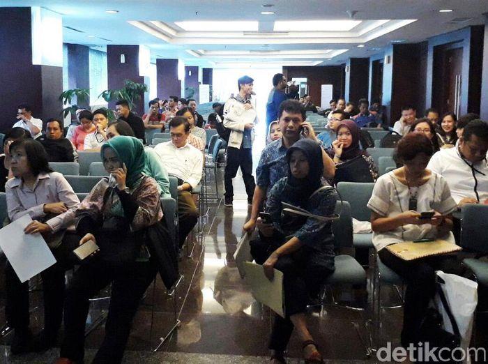 Berdasarkan pantauan detikFinance di Kantor Pusat Direktorat Jenderal Pajak (Ditjen Pajak), Jalan Gatot Subroto, Jakarta, Kamis (29/12/2016), sejak pukul 07.00WIB para wajib pajak telah memenuhi lokasi.