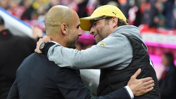 Pep Guardiola dan Juergen Klopp merupakan dua pelatih terbaik di Liga Inggris saat ini.