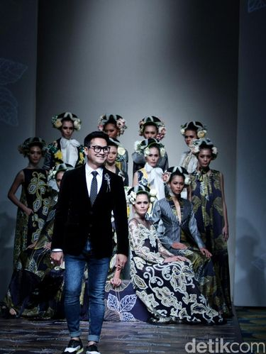 Bangga 10 Desainer Indonesia Ini Sukses Pamerkan Batik Ke Internasional
