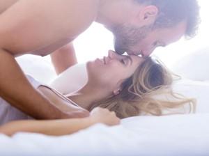 4 Hal yang Tak Dipedulikan Wanita Dari Pasangannya Saat Bercinta
