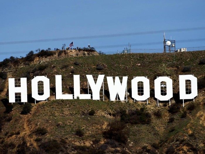 A view shows the iconic Hollywood sign overlooking Southern Californias film-and-television hub, after it was cleaned up after it was defaced overnight in the Hollywood Hills in Los Angeles, California, U.S. January 1, 2017.  REUTERS/Kevork Djansezian