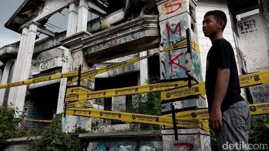 Kasatpol PP: Rumah Hantu Darmo Dilarang Dikunjungi Hindari Asusila