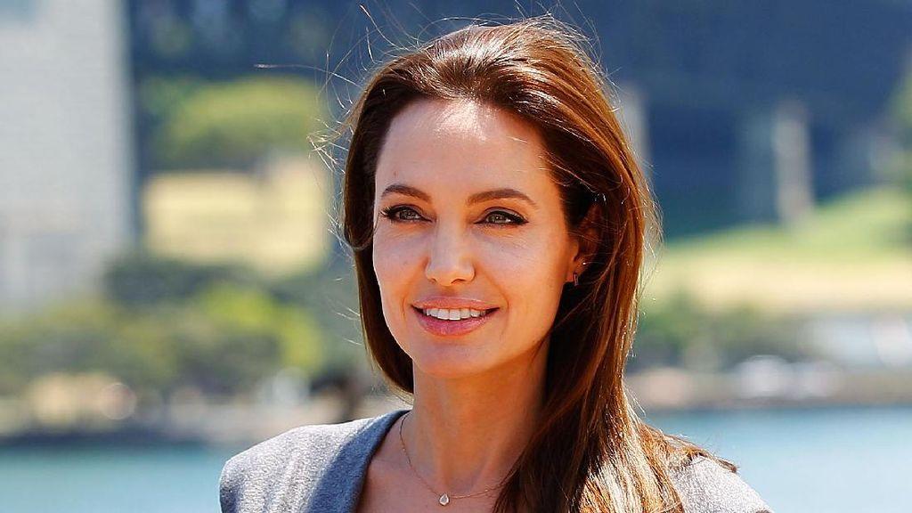 Selain Cantik, 13 Selebriti Wanita Ini Juga Berprestasi Jadi Duta PBB