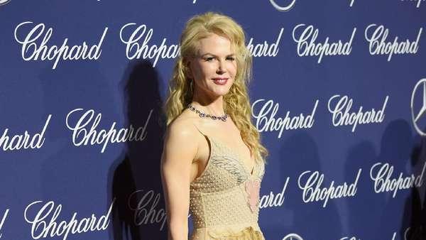 Para Seleb Hollywood Diatas 30 Tahun, Tetap Cantik?