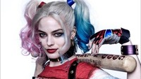 Ikon seksi pun melekat pada diri Margot Robbie hingga dirinya mendapatkan peran ikonik dari DC yakni Harley Quinn. Dok. Aceshowbiz