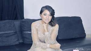 Intip Marshanda Garap Video Klip Sienna, Yuk!