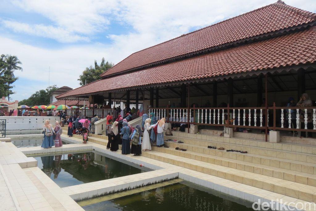 Masjid Agung Banten yang bersejarah di Banten Lama