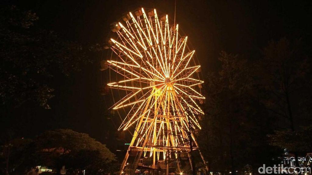 Ayo Ajak Gebetan Kamu, Nikmati Indahnya Malam Jakarta dari Atas Bianglala