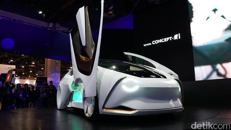 Toyota Concept-i (Foto: Rachmatunnisa)