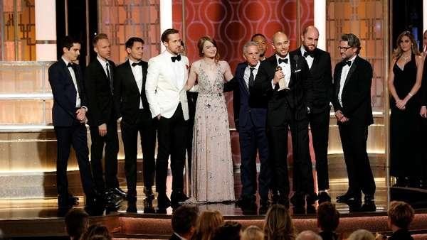 La La Land Sikat Habis Piala di Golden Globe 2017