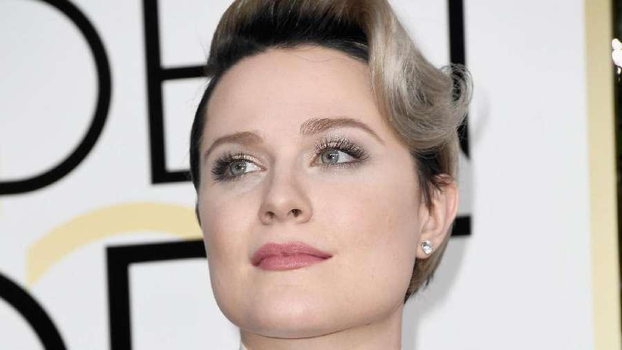Pilih Mana? Gaya Emma Stone atau Evan Rachel Wood
