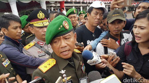 Pangdam Silwangi Mayjen M Herindra dalam sertijab Korem 065 Maulana Yusuf Banten, Senin 9 Januari 2017
