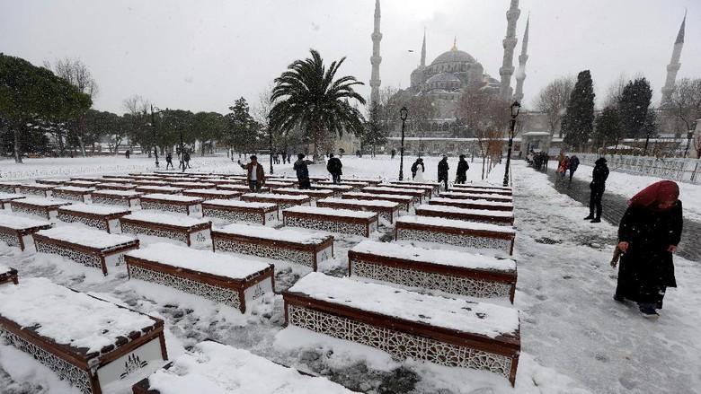 Ilustrasi Turki (REUTERS/Murad Sezer)
