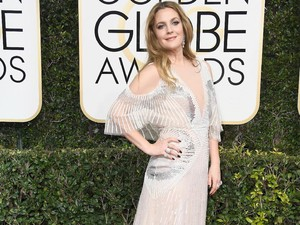 Tips Tampil Flawless ala Drew Barrymore