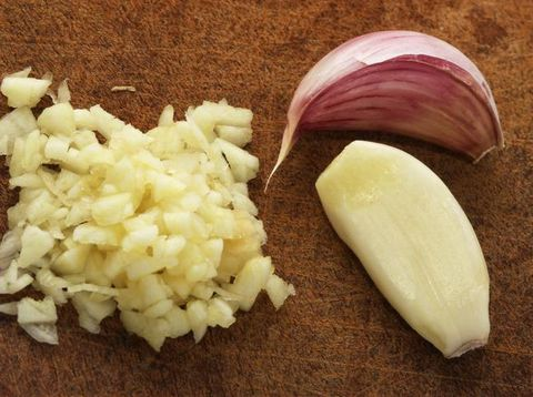 Jadi Bumbu Dapur Populer, Bawang Putih Bukan Tergolong Rempah