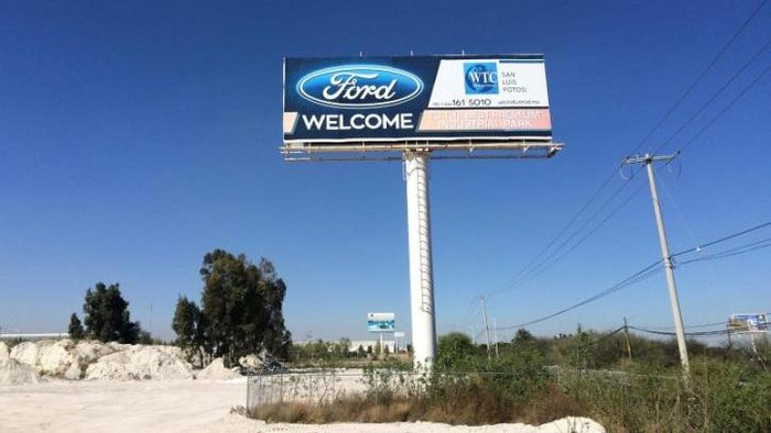A billboard welcoming Ford Motor Co is seen at an industrial park in San Luis Potosi, Mexico, January 4, 2017.