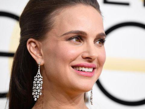 Tanpa Perawatan Mahal, Ini Cara Natalie Portman Terbebas dari Jerawat