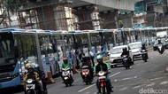 TransJakarta Kandangkan 59 Bus Integrasi Kopaja untuk Dicek
