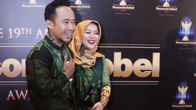 Jawaban Kocak Istri, Saat Denny Cagur Izin Menikah Lagi/ Foto: Dok. Instagram @shantydenny