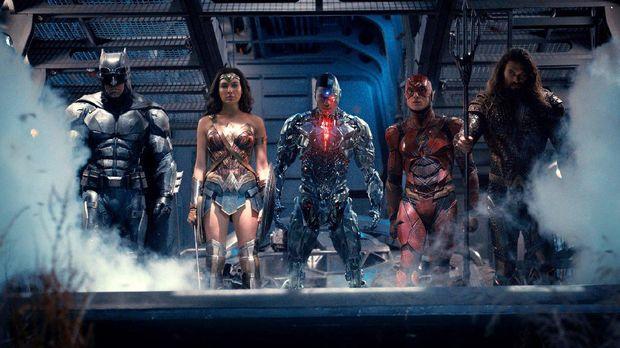 Beri Tanda Like pada Komentar Pedas 'Justice League', Joss Whedon Diserang