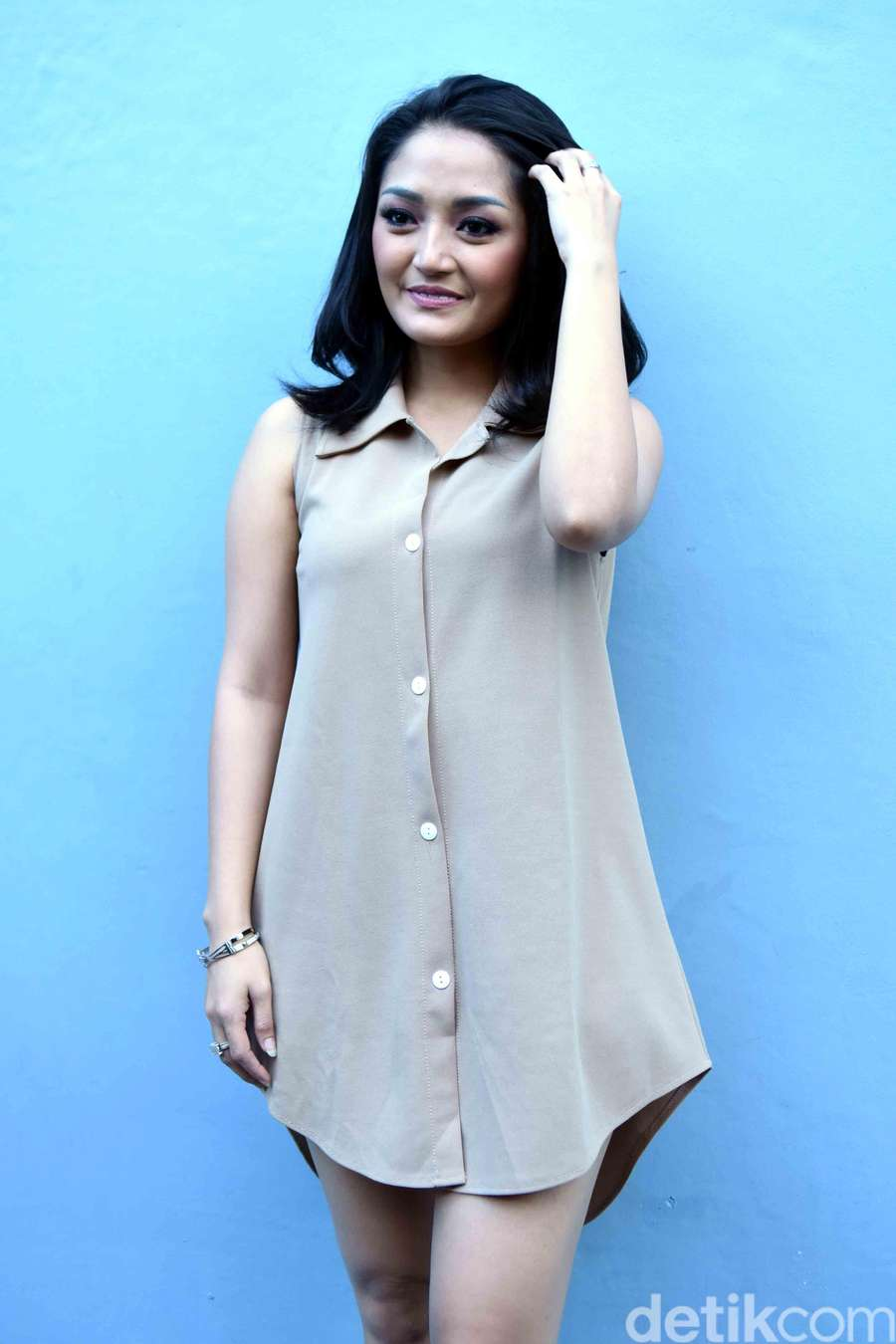 Siti badriah jadi lebih chubby nih for Siti di foto