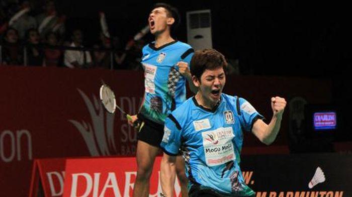 Lee Yong Dae (Korea Selatan) berpasangan dengan Fajar Alfian membela Musica Champions dalam Djarum Superliga Badminton 2015. (Foto: Badminton Indonesia)