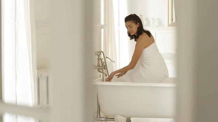 Setelah waxing rambut kemaluan, bisa saja muncul keluhan Miss V lho. Foto: Thinkstock