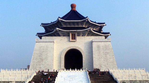 Penampakan Chiang Kai-Shek Memorial Hall di Kota Taipei, Taiwan