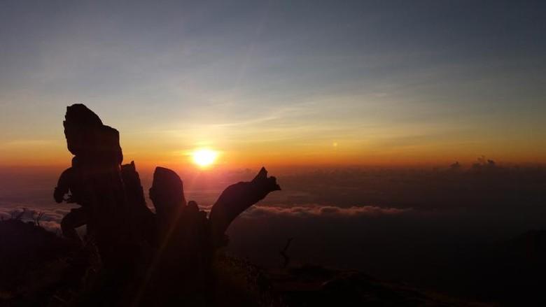 Pemandangan dari Gunung Bawakaraeng (Basri Bachtiar/dTraveler)