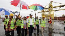 Ke Sumut, Menko Luhut Kunjungi Pelabuhan Belawan dan Kuala Tanjung