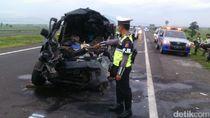 Polisi Pastikan Mobil Terbakar di Tol Cipali Akibat Kecelakaan