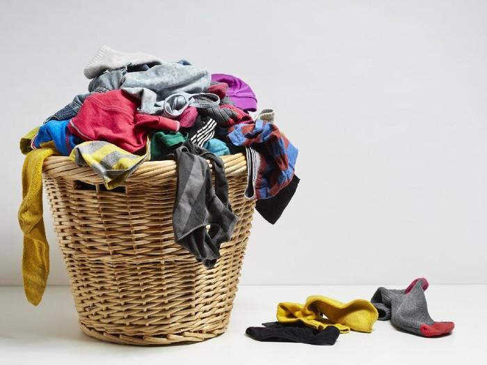 Hasil gambar untuk Pakaian yang dicuci terlalu banyak
